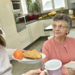 importancia-de-las-necesidades-nutricionales-del-adulto-mayor-en-una-casa-de-retiro