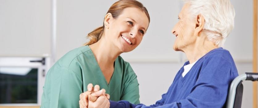 Sobre la enfermería geriátrica como un ramo indispensable para la salud de los adultos de la tercera edad.