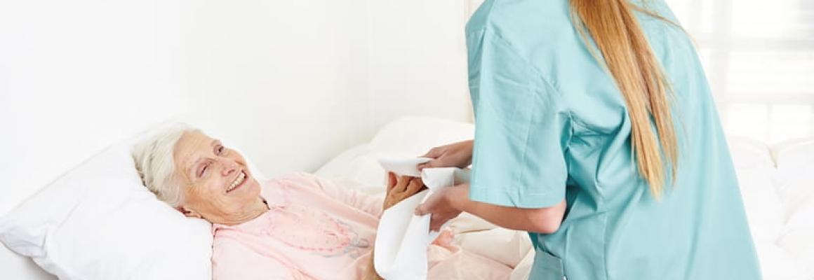 La importancia de la enfermería geriátrica en el cuidado de las personas mayores